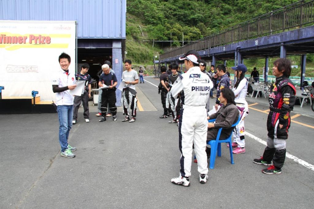 フェスティカサーキット栃木で開催されたGreenBrave耐久のドライバーズブリーフィング