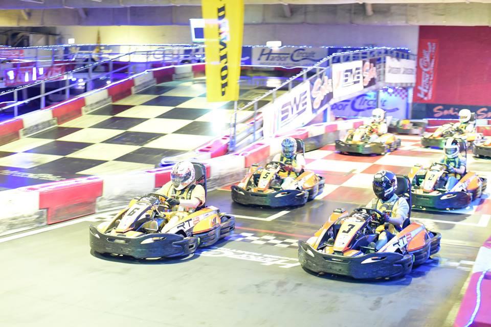 ハーバーサーキットにて行われたKe-CUPの決勝レーススタート直後