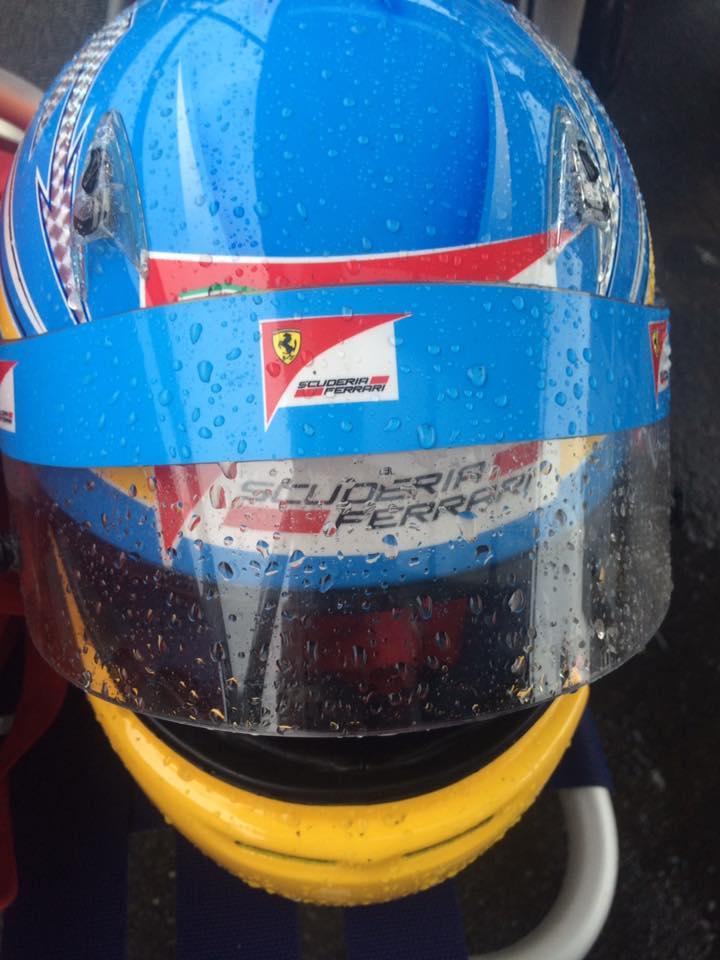 サーキット秋ヶ瀬のGreenBrave耐久にてヘルメットもずぶ濡れ