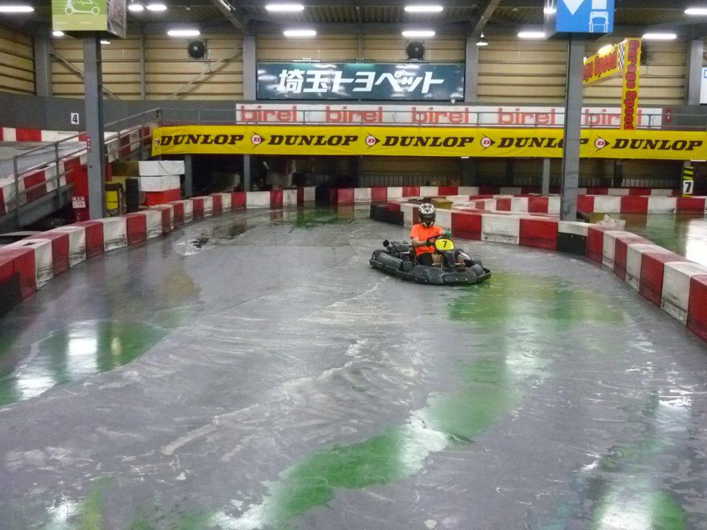 サーキットスタジアム634の2コーナーの立ち上がりから3コーナーの進入のライン取り