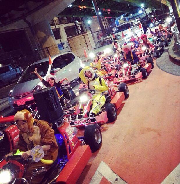 東京で夜のリアルマリオカート体験!