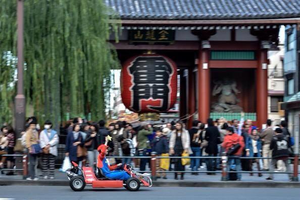 浅草で走るリアルマリオカート!