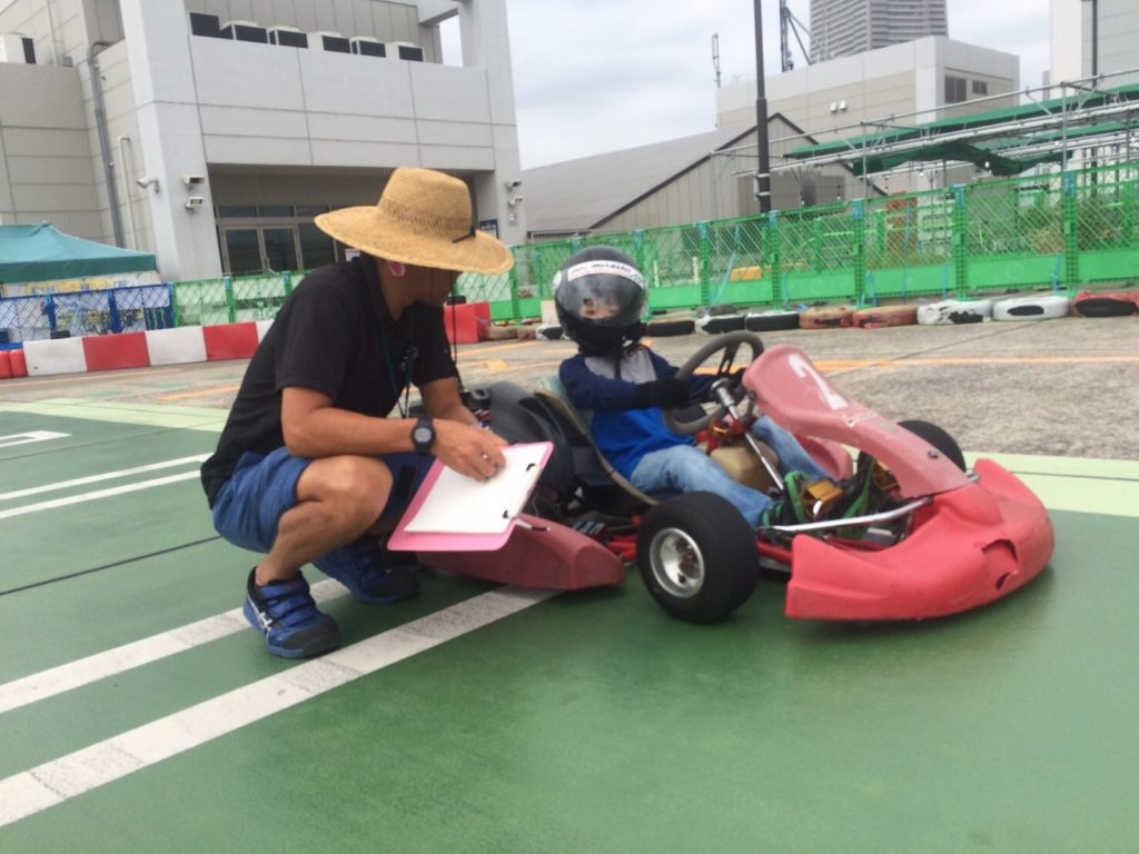 横浜GPのジュニアカートスクールの様子