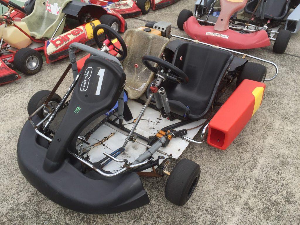 サーキットがやってくる!横浜GPの二人乗り用のカート
