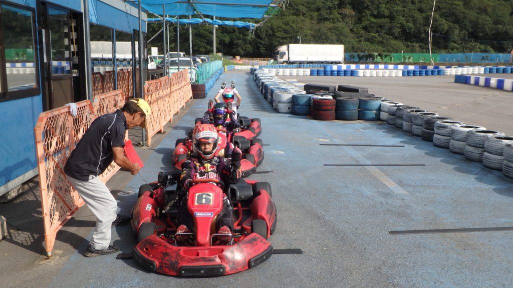 幸田サーキットyrp桐山のレンタル専用サーキットのピット