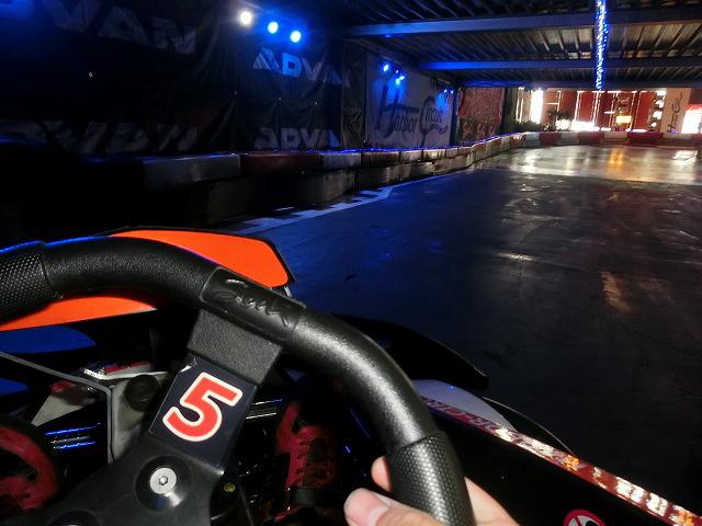 ハーバーサーキットのラスカスコーナーの出口
